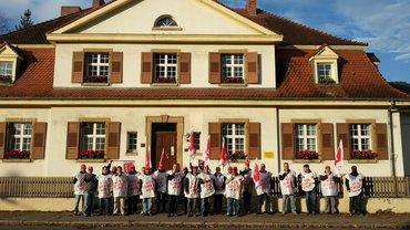 Bild 1: Streik bei den französischen Stationierungsstreikräften