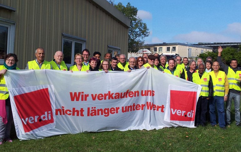 ver.di-KollegInnen bei den amerikanischen Streitkräften in Stuttgart