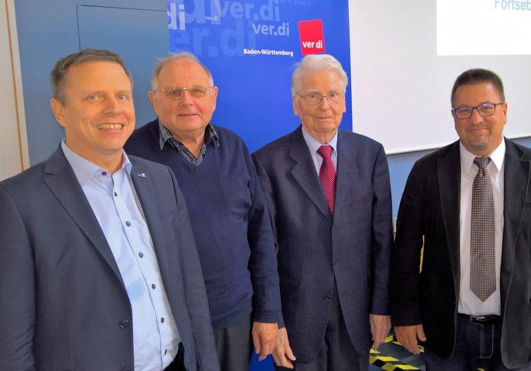 v.lnr Martin Groß, (ver.di-Landesbezirksleiter ) Jubilare , Wolfgang Brenner (50) ,Theodor Lederle (60) , Hans-Dieter Bauschert (Vors.)