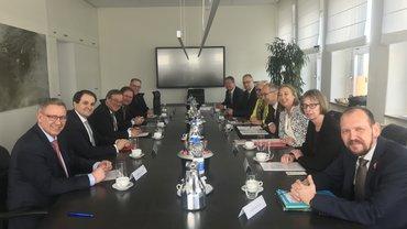 Besoldungsgespräch mit DGB und Landesregierung